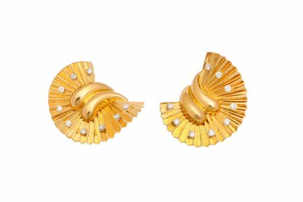 gubelin 18k retro fan earrings/clips