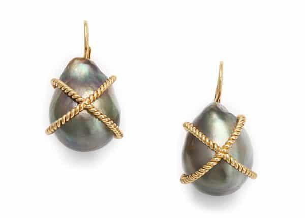 verdura tahitian pearl and 18k gold earrings