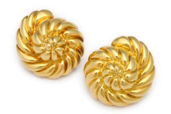 """verdura 18k gold """"shell"""" earrings"""