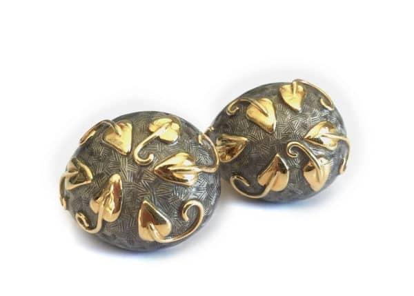 elizabeth gage 18k leaf earrings
