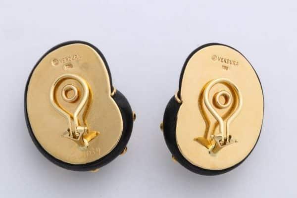 verdura wood and gold shell earrings