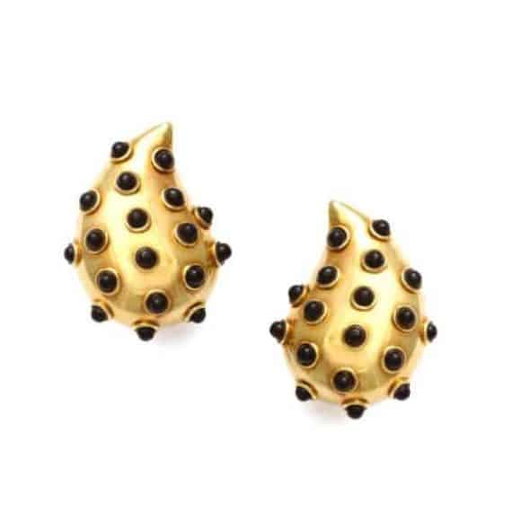 cummings gold onyx earrings
