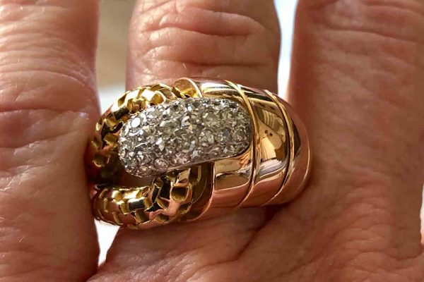 18k rose gold and diamond ring