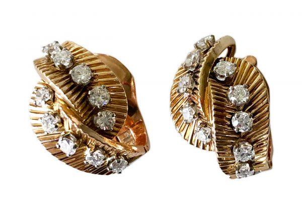 van cleef 1950s foliate design earrings