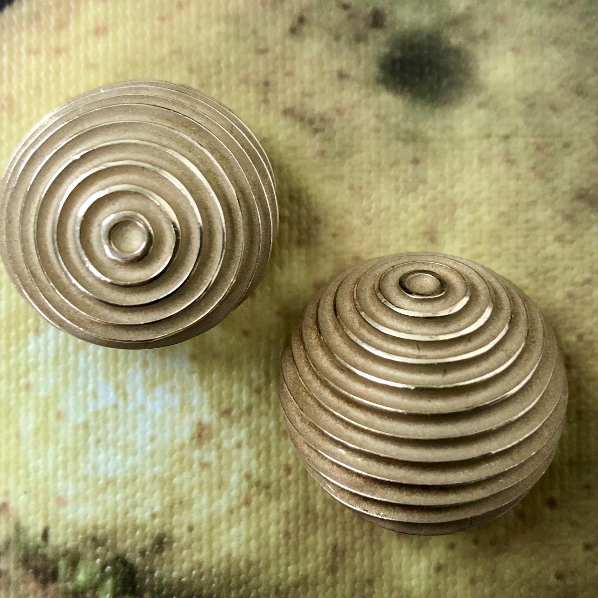christopher walling ribbed dome earrings