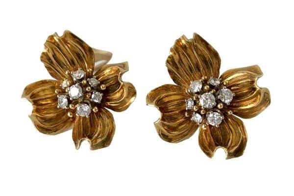 dogwood flower gold diamond earrings