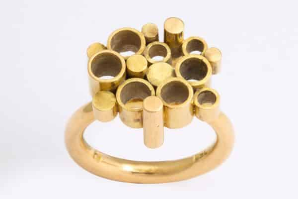 Seventies geometric gold ring