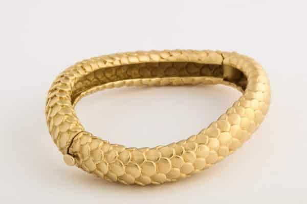 angela cummings textured gold snake cuff
